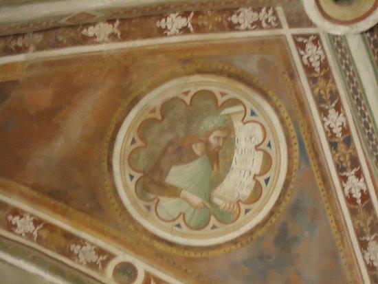 Chiusdino, Italia: Decoração do Teto