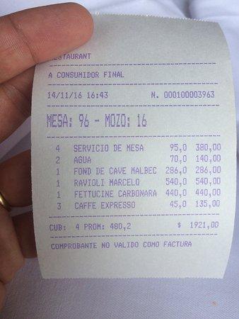 Marcelo: Esta é a conta com a cobrança ridícula e abusiva de 95,00 pesos por pessoa como serviço.