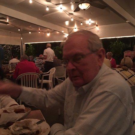Bobby's Restaurant & Lounge: photo1.jpg