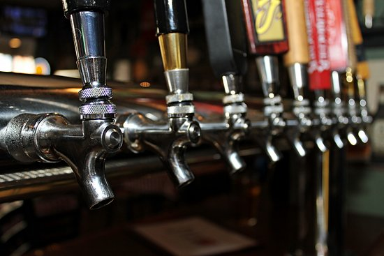 Warren, RI: 18 Rotating Craft Beers on Tap