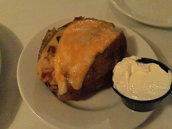 Clawson Steak House: Tasty baked potato