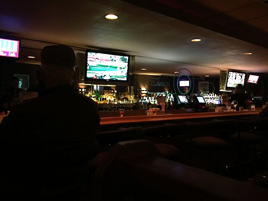 Bar area at Clawson Steak House