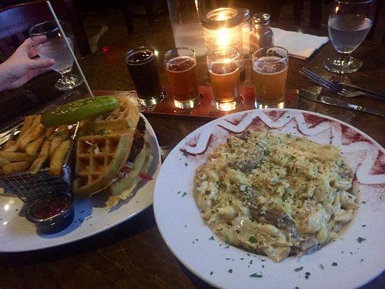 Clarence, NY: Griffon GastroPub
