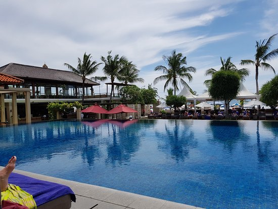 Bali Niksoma Boutique Beach Resort: Excellent hotel, friendly staff, clean and tidy. Hotel is striving to improve all the time but w