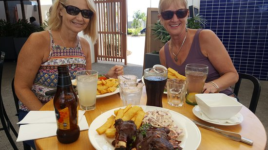 Coolum Beach, Australia: TA_IMG_20161118_125601_large.jpg
