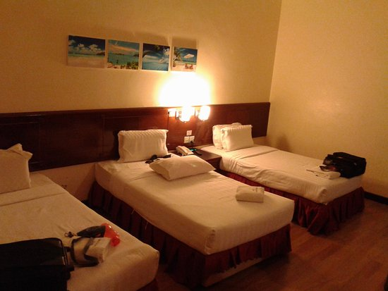 Hotel Langkasuka: Room fr 3 person...spacious and comfortable