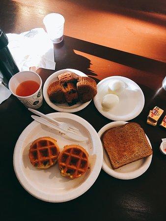 The Stevenson Monterey: Breakfast