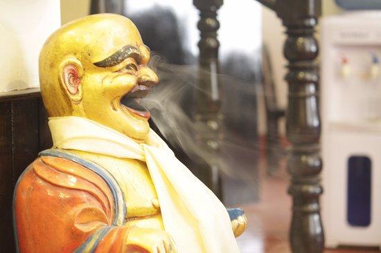 Hotel Buddha Land: Launging buddha