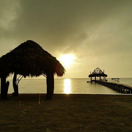 Xanadu Island Resort: Wedding set up. View from balcony of #9.