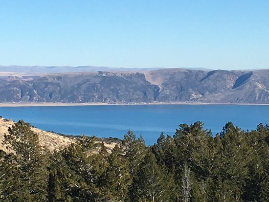 Garden City, UT: Bear Lake on a beautiful November afternoon. Absolutely breathtaking!