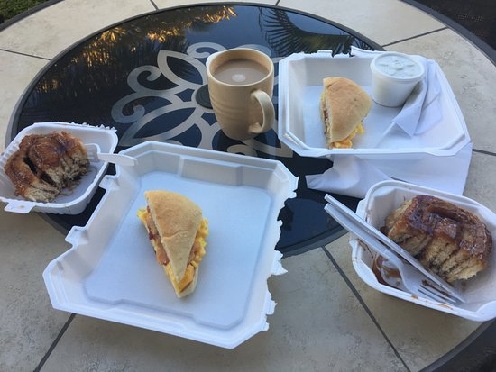 Cinnamon Roll Fair Hawaii: Cinnamon rolls with a breakfast sandwich