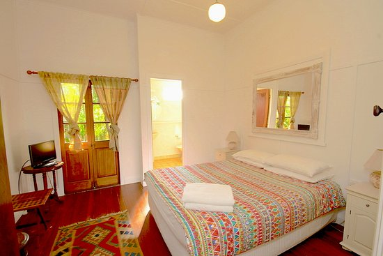 Bamboo Cottage B&B: Queen Bedroom