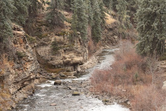 Piedra River Trail: Closer view of the river.