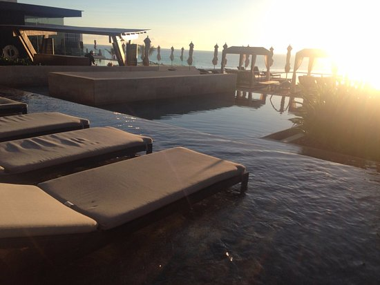 Outdoor Natural Gas Fire Pit Table, Lounge Chairs In The Water Picture Of Grand Hyatt Playa Del Carmen Resort Tripadvisor