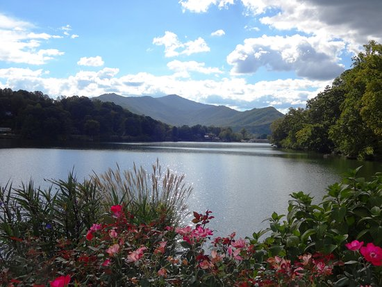 Lake Junaluska facing south, near the Lambuth Inn