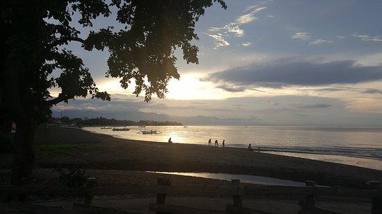 Pantai Lovina, Indonesia: 20161116_175710_large.jpg