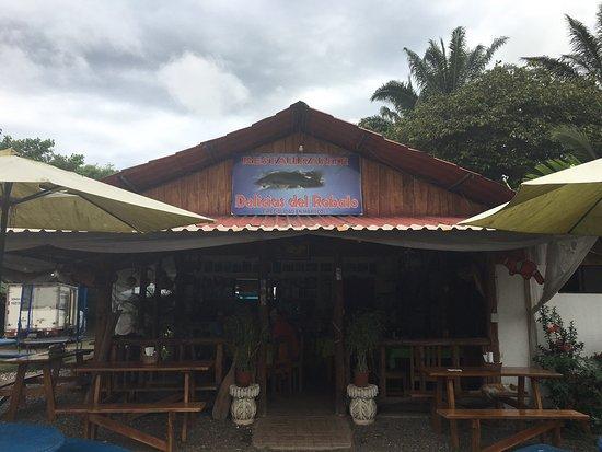 Parrita, Costa Rica: Las Delicias Del Robalo