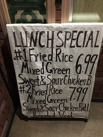 Selkirk, Kanada: Lunch Specials