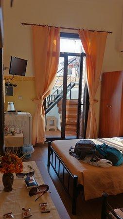 Stoa Rooms Photo