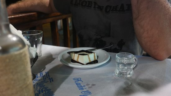 Agia Roumeli, Grecia: a dessert and a raki