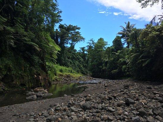 Upolu, Samoa: Der weitere Flussverlauf
