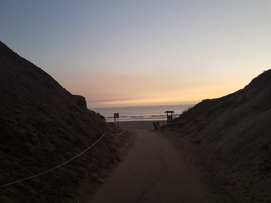 Aptos, Californië: Trail leading to the beach