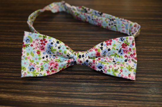 Anthony S Boutique Karon Beach Fancy Bow Tie By
