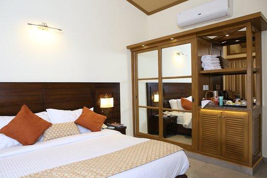Superior Suite Wardrobe Picture Of Dreamworld Resort Hotel Golf Course Karachi Tripadvisor