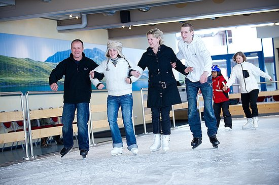 Lech, Austria: a lot of fun in our indoor ice skating rink