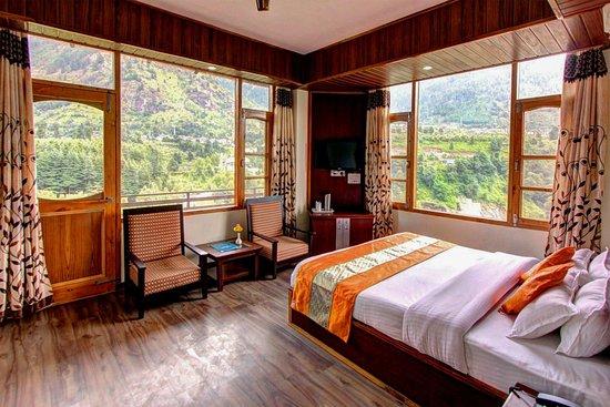 Manali Mountains Regency