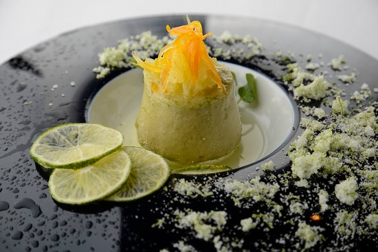 Salt by Luke Mangan: プリフィックスコースより~オーストラリアの定番デザート リコリスのセミフレッド