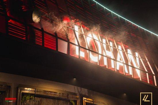 Lohan Nightclub