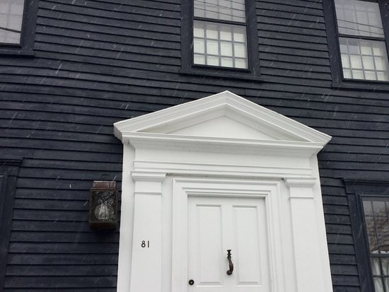 Sebago, ME: Classic Newport architecture and door design