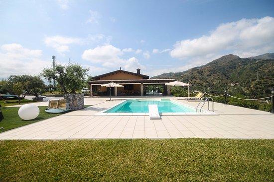 A villa in Giardini Naxos with a panorama over Taormina and the Naxos bay
