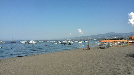 Oliveri beach - walk 2 minutes more to the protected area where boats are forbidden