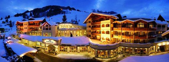 Winteransicht Edelweiss Grossarl - Hotel direkt an der Piste