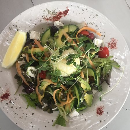 Saint Francis Bay, Sudafrica: Divine salads even by big city standards. Very impressed.