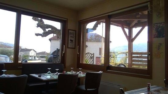 Quincie-en-Beaujolais, Frankrig: salle à manger
