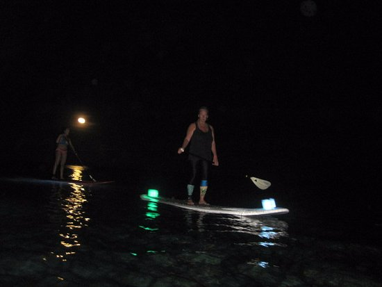 UnderToe Mexico SUP Adventures : SUP in Mahahual under the Super Moon!