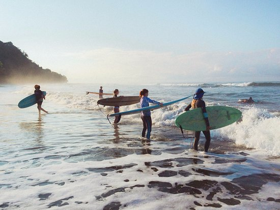 Surf With Amigas- Women's Surf and Yoga Retreat: Surf!!