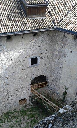 Campodenno, Italien: Passaggio alla Cripta del Castello