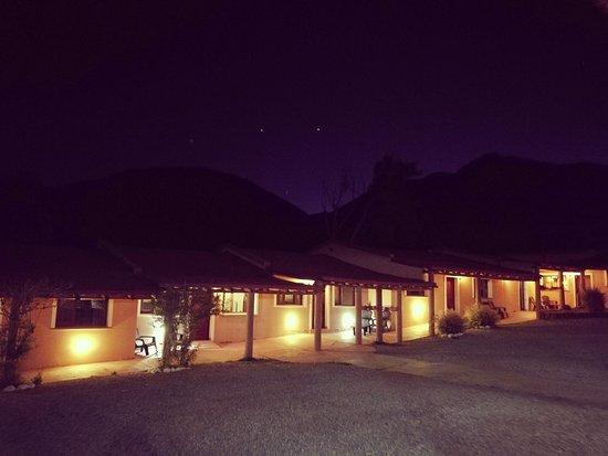 Mirador del Virrey, Cabanas Boutique: Las cabañas de noche