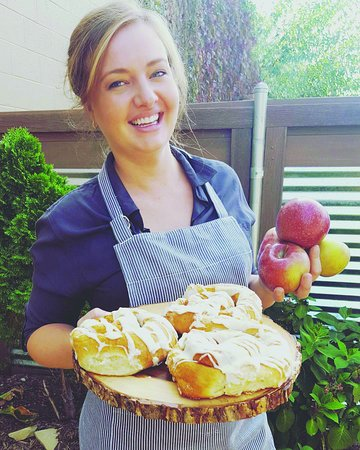 Seasonal Locally Sourced Apples For Our Homemade Apple Butter