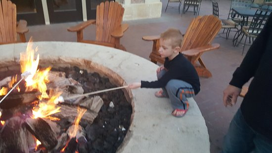 Montage Deer Valley : Fire-pits to roast marshmallows in.