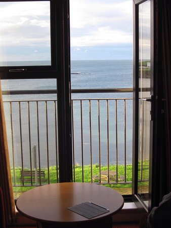 Portballintrae, UK: Balcony view