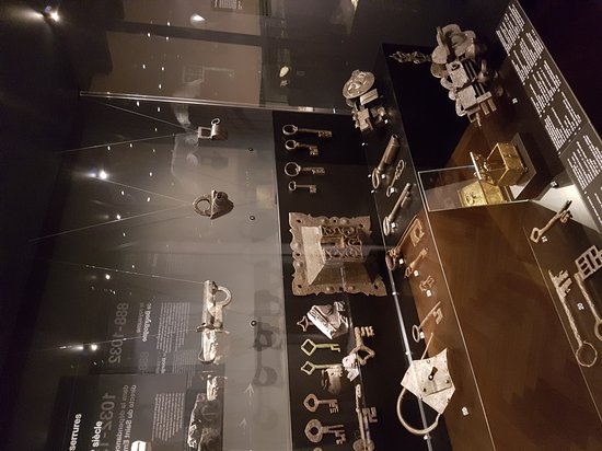 Cantonal Museum of Fine Arts (Musee Cantonal des Beaux-Arts): 20161118_155106_large.jpg