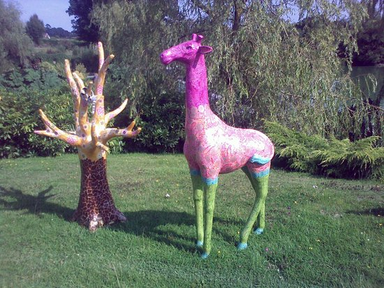 Hawkhurst, UK: Georgina The Giraffe decorated with Decopatch Papers