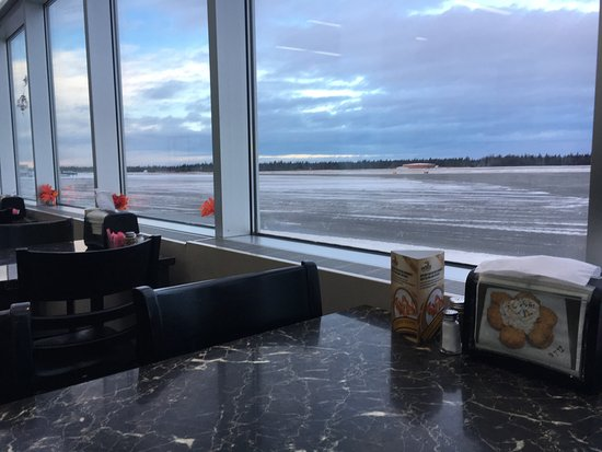 Kenai, AK: Pretty nice view with a lot of lighting. Nice design and comfortable feel.