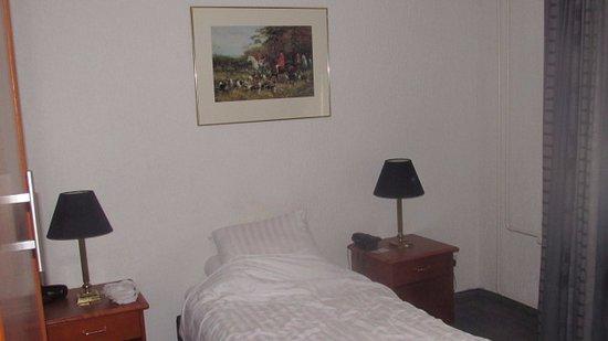 Hotel De Beurs: My room at De Beurs