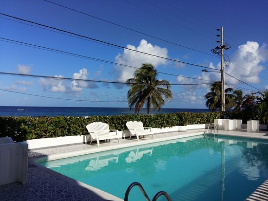 HOTEL BLUE REEF - Prices & Res...